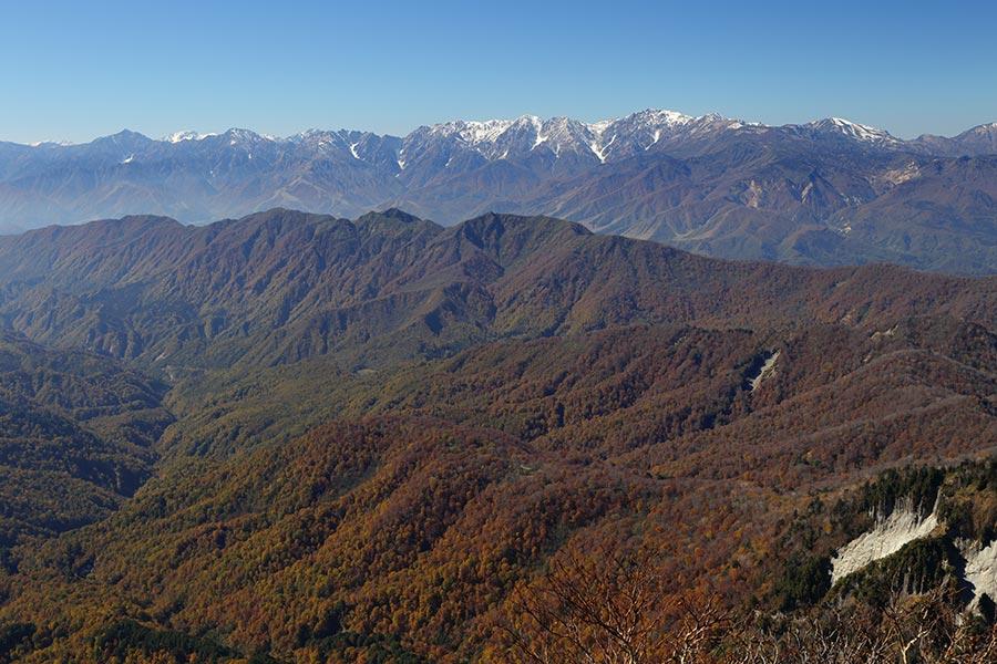 高妻山から北アルプスの眺め