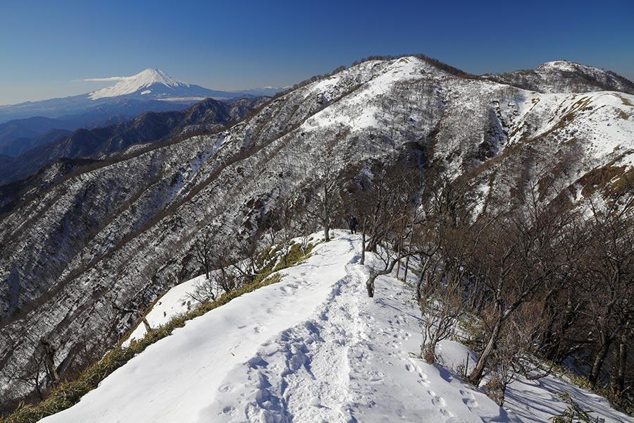 不動ノ峰と富士山