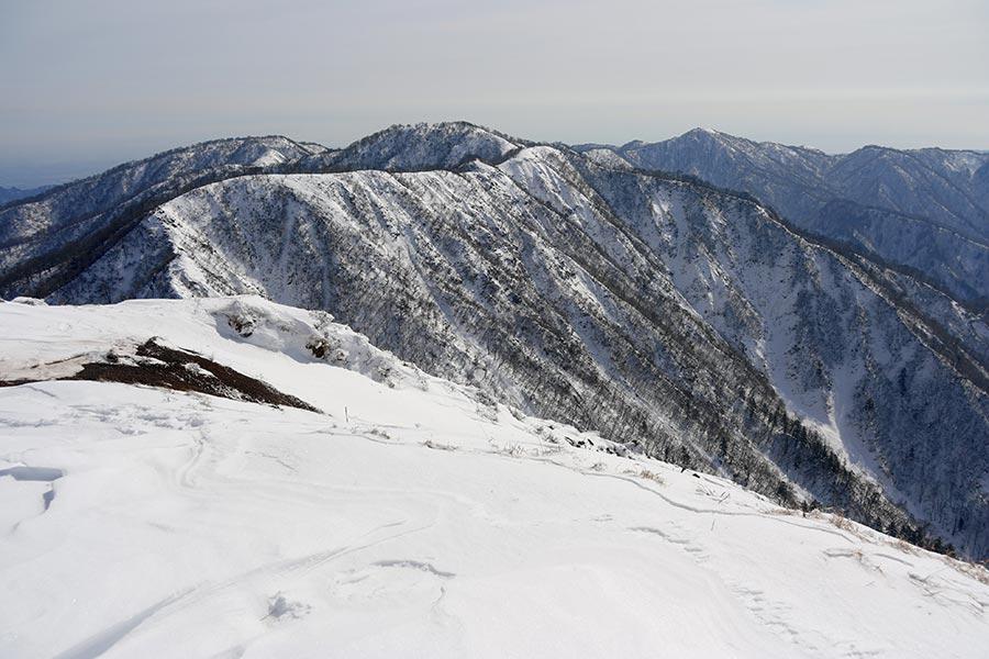 蛭ヶ岳から塔ノ岳への稜線