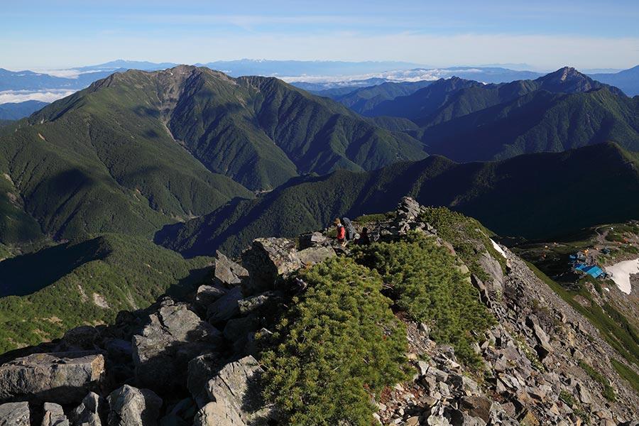 仙丈岳と甲斐駒ヶ岳